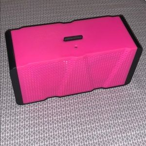 Accessories - Battery powered speaker